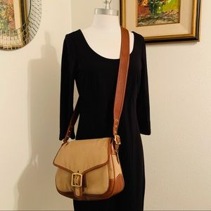 COACH Vtg. Canvas Leather Messenger Bag EUC 9122